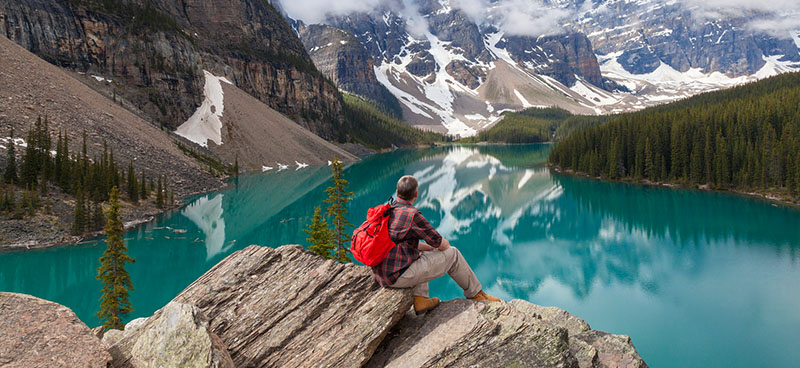 A visitor's visa enables you to visit Canada as a tourist.